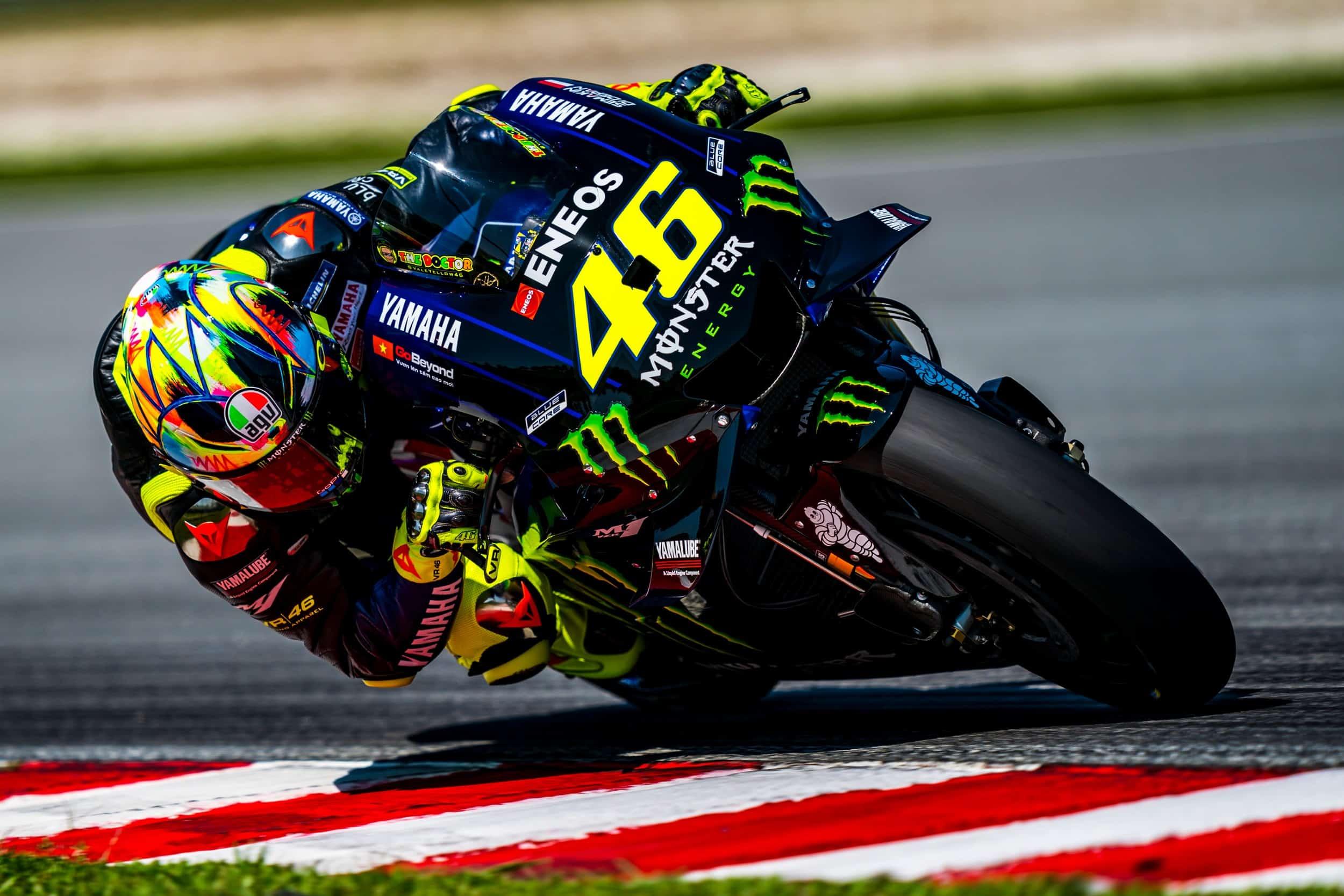 Valentino Rossi con la nuova Yamaha M1