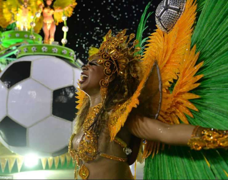 festa Football Carnival Slot Machine